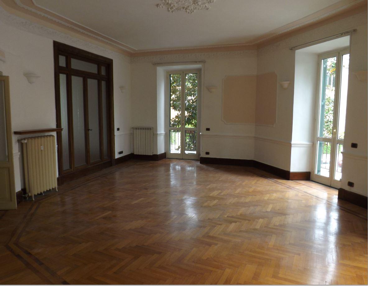 Mobili Per Ufficio Roma Prati.Appartamento Roma Prati Appartamenti Affitto